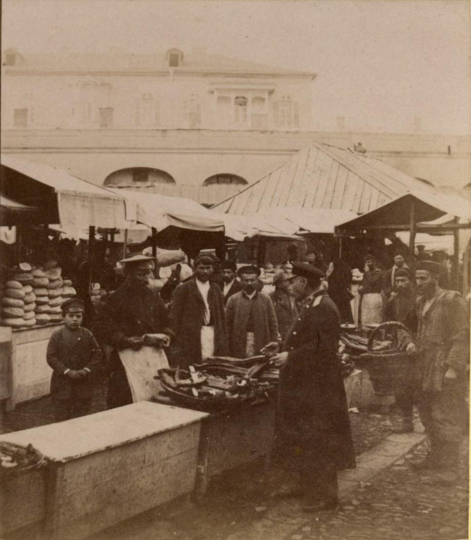 Воскресный Солдатский базар.