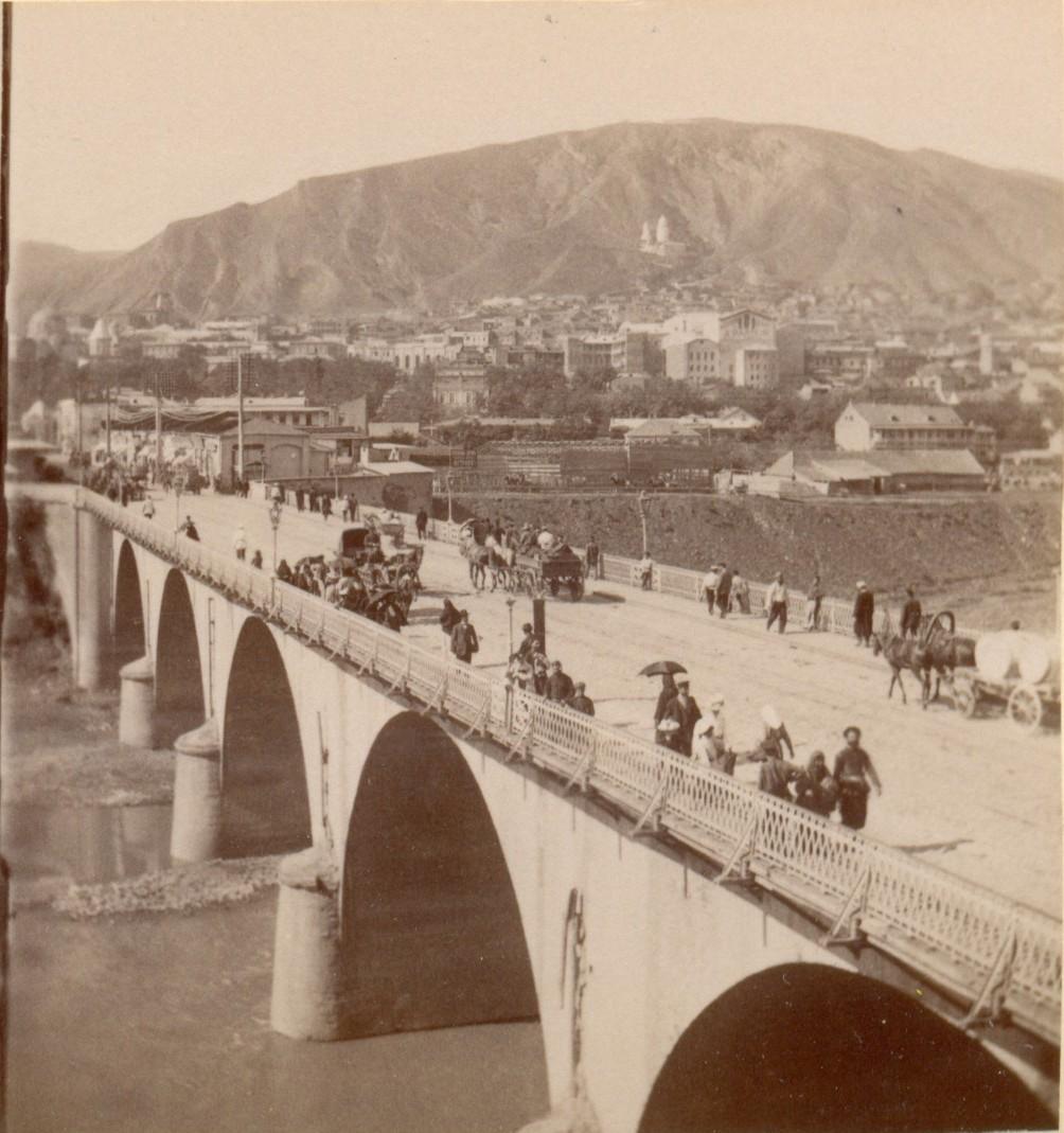 Николаевский мост, Собор и гора Св.Давида