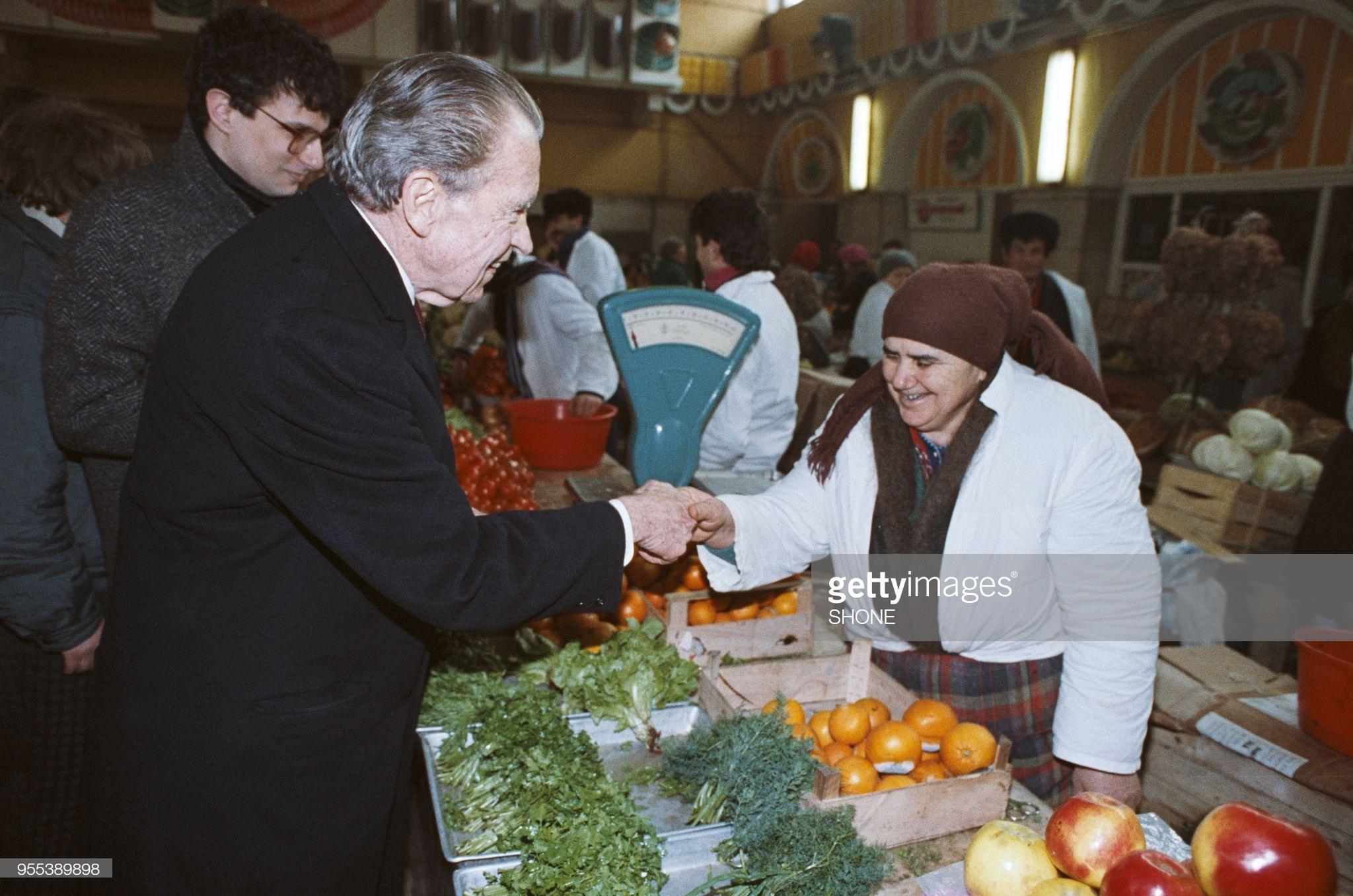 Ричад Никсон приехал в Москву поддержать российских производителей. 22 марта