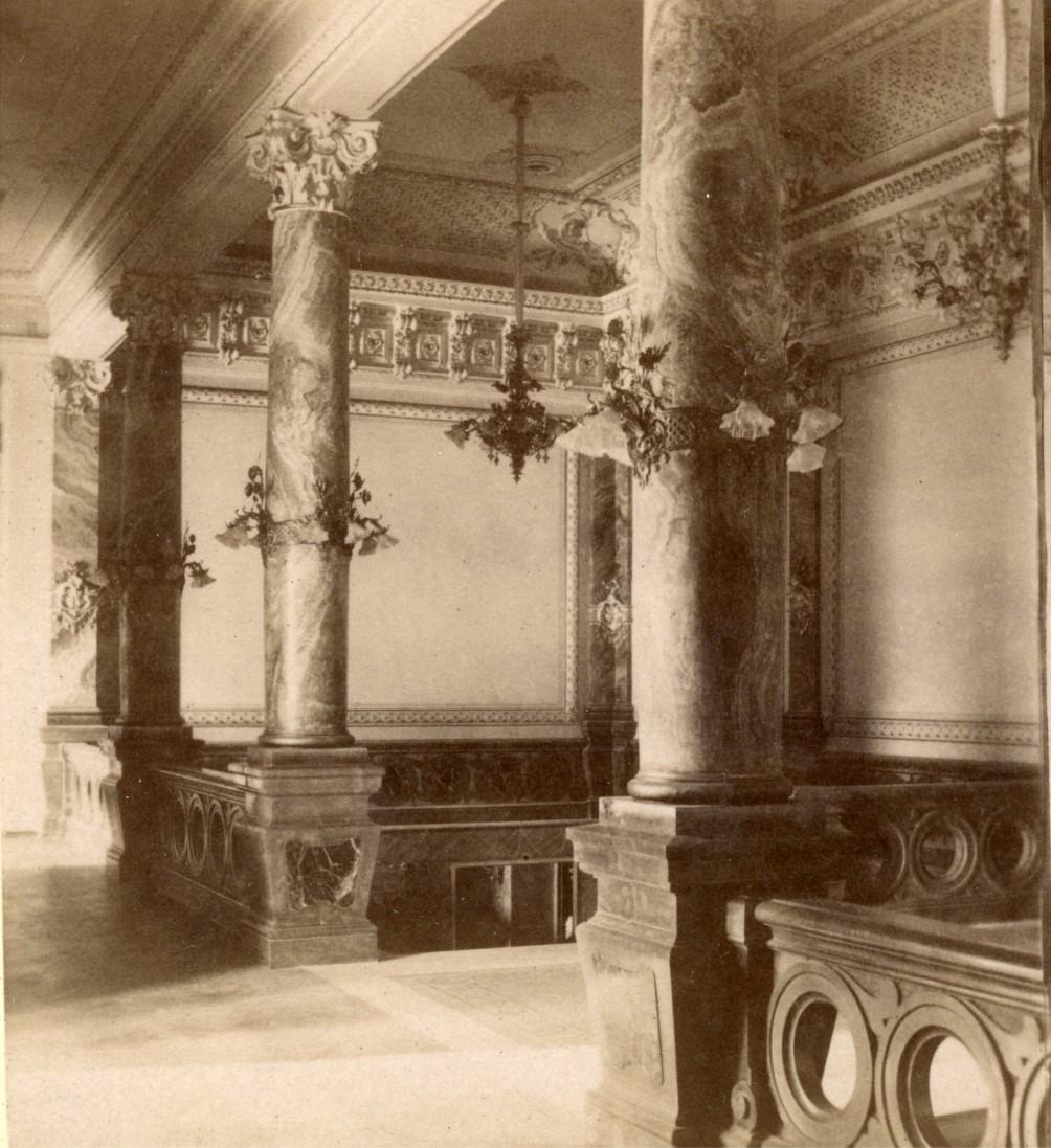 Здание Тифлисского артистического общества. Вестибюль концертного зала