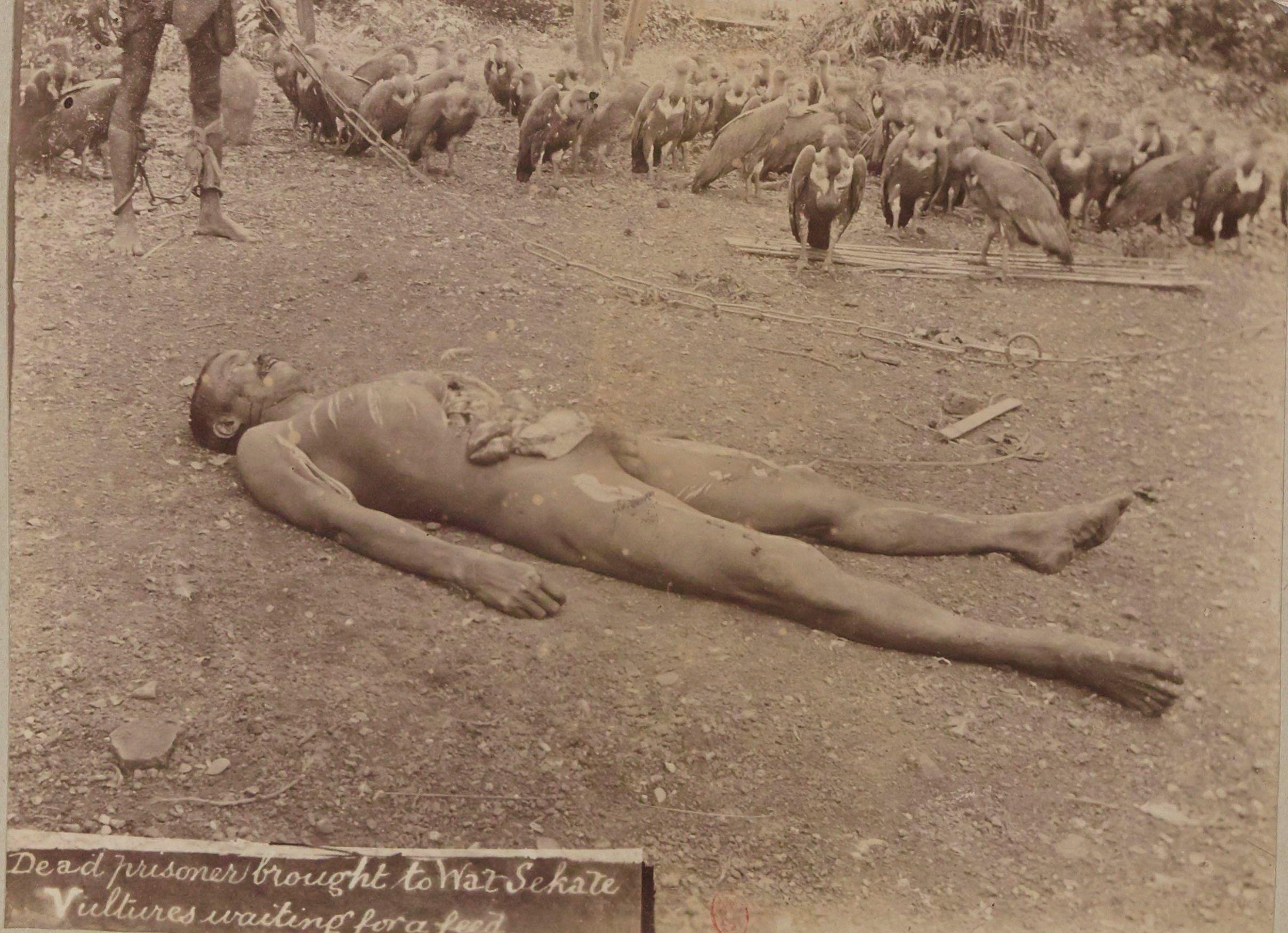 Похороны сиамского заключенного
