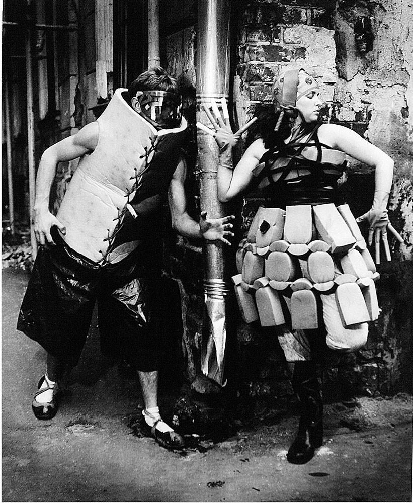 1988. Илья Пиганов. Модели Ирен Бурмистровой для журнала «Театральная жизнь»