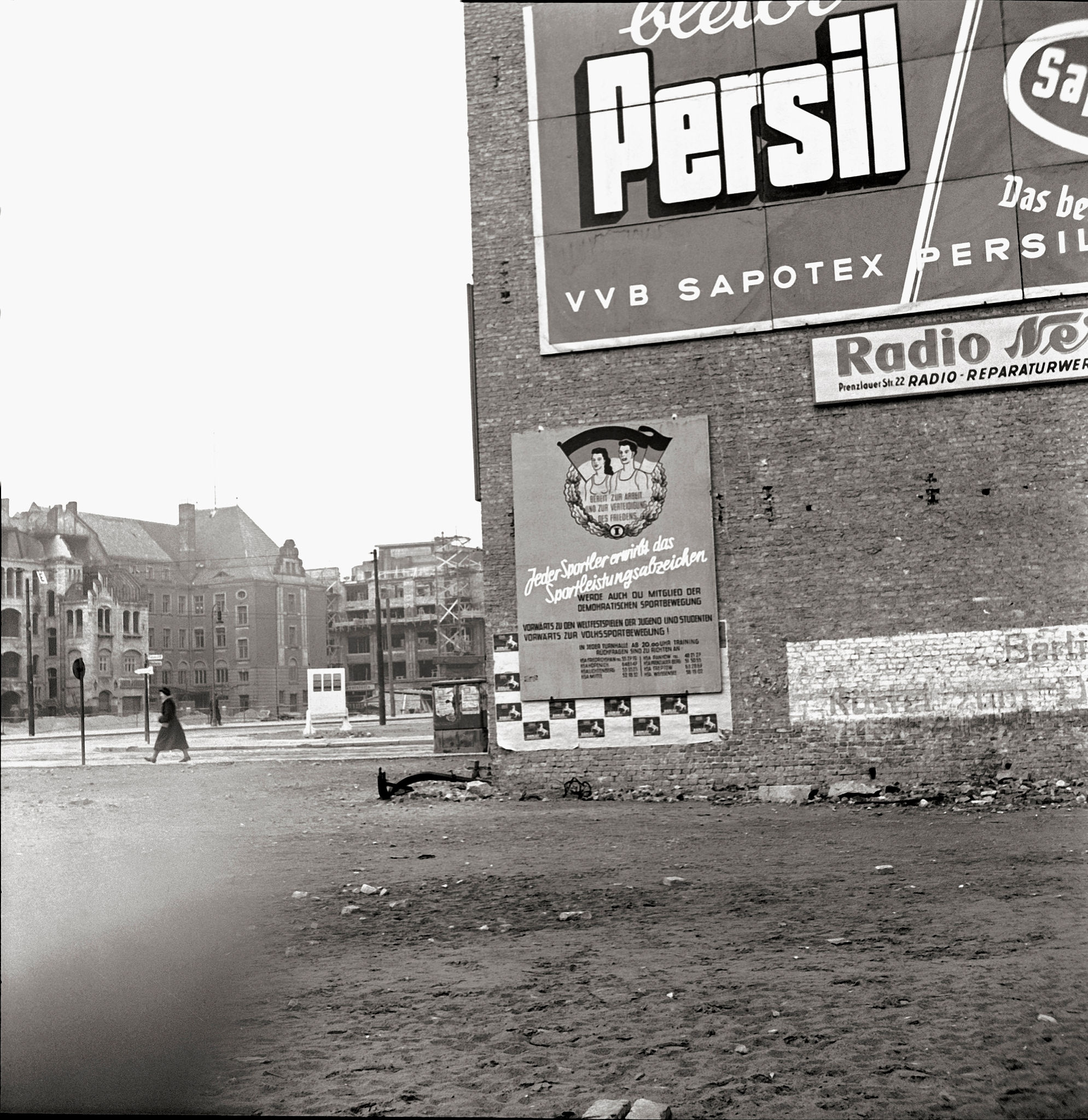1947. Вид разрушений на Александерплац