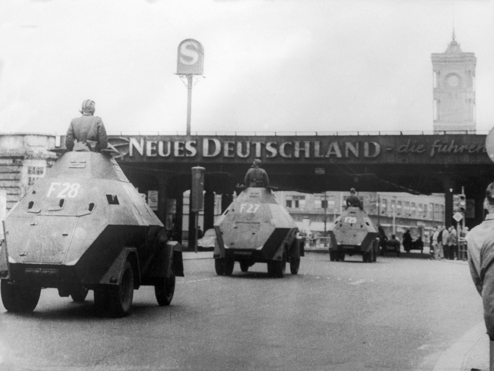 1959. Танки, пересекающие Александерплац 13 августа
