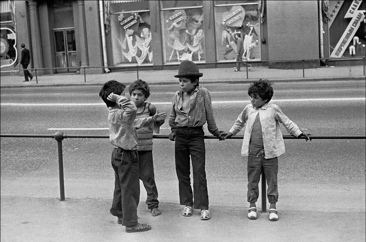 1991. Маленькие цыганята на Воздвиженке