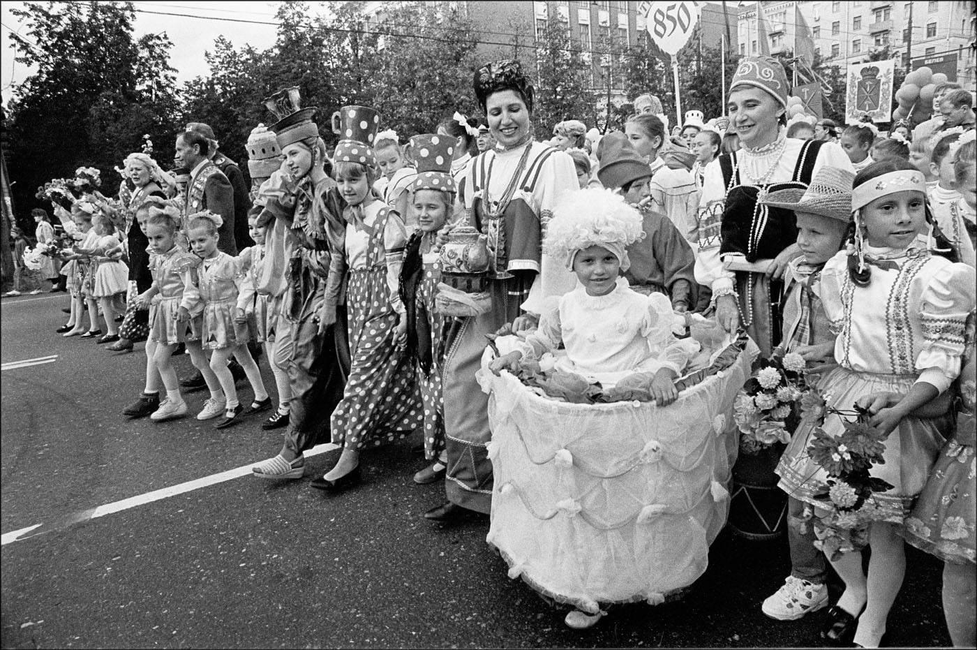 1997. Шествие в честь 850-летия Москвы