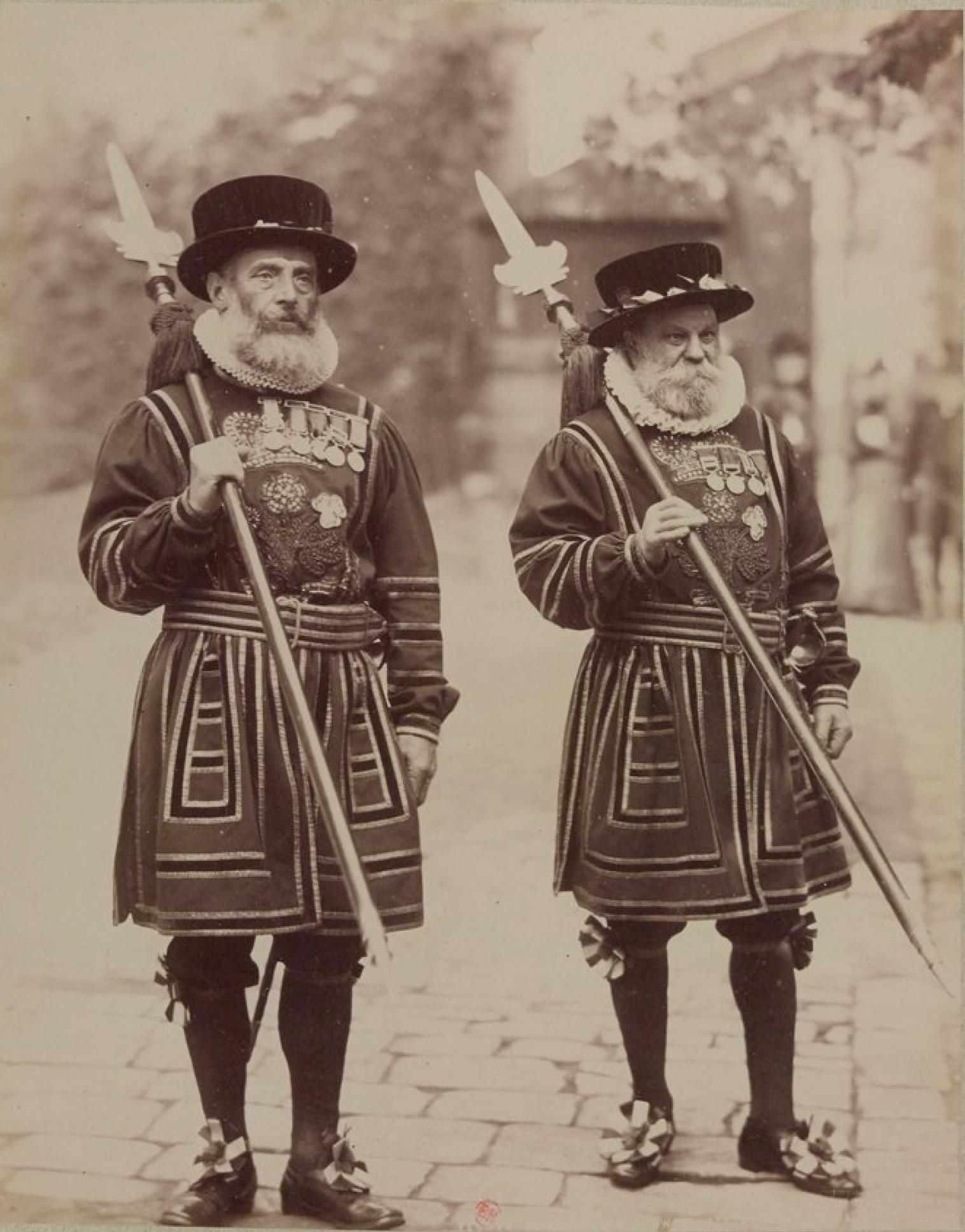 Два гвардейца