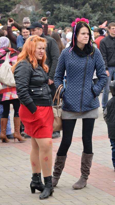 две гламурные девушки))))
