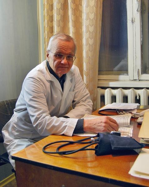врач Никитин...