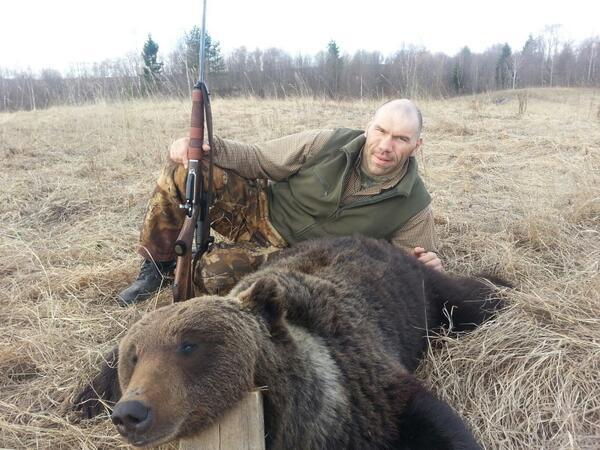 Валуев на охоте и рыбалке (12)