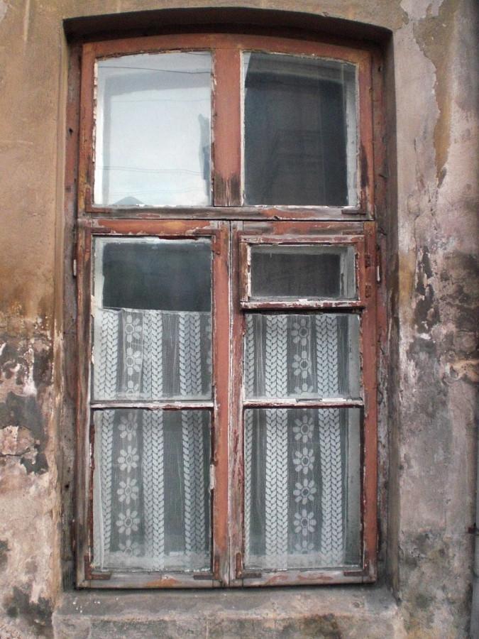langai jasinnskio gatveje (1)_uzuolaidele
