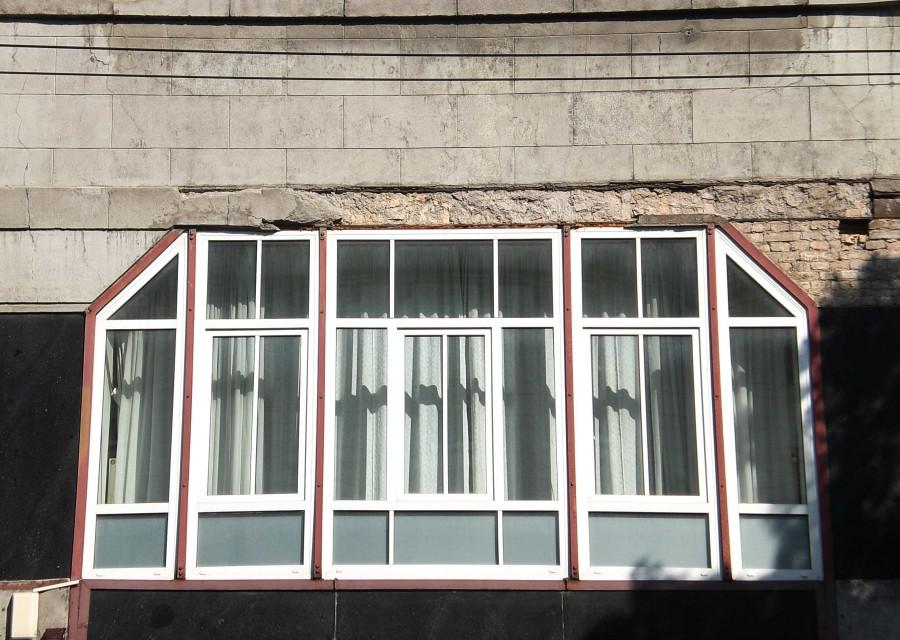 2 auksto langas