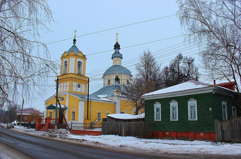 Эта же церковь на старом фото
