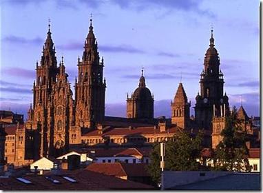 """Дорога Святого Иакова, """"Млечный путь"""" - это старинная дорога пилигримов, ведущая через Европу в испанский город Сантьяго де Компостела. Миллионы людей прошли этот путь за последние сотни лет."""