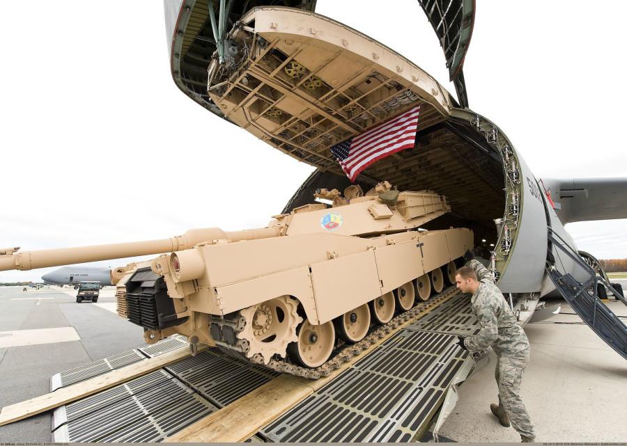 Американцы бросят в Восточную Европу танки. И откроют там новые военные базы