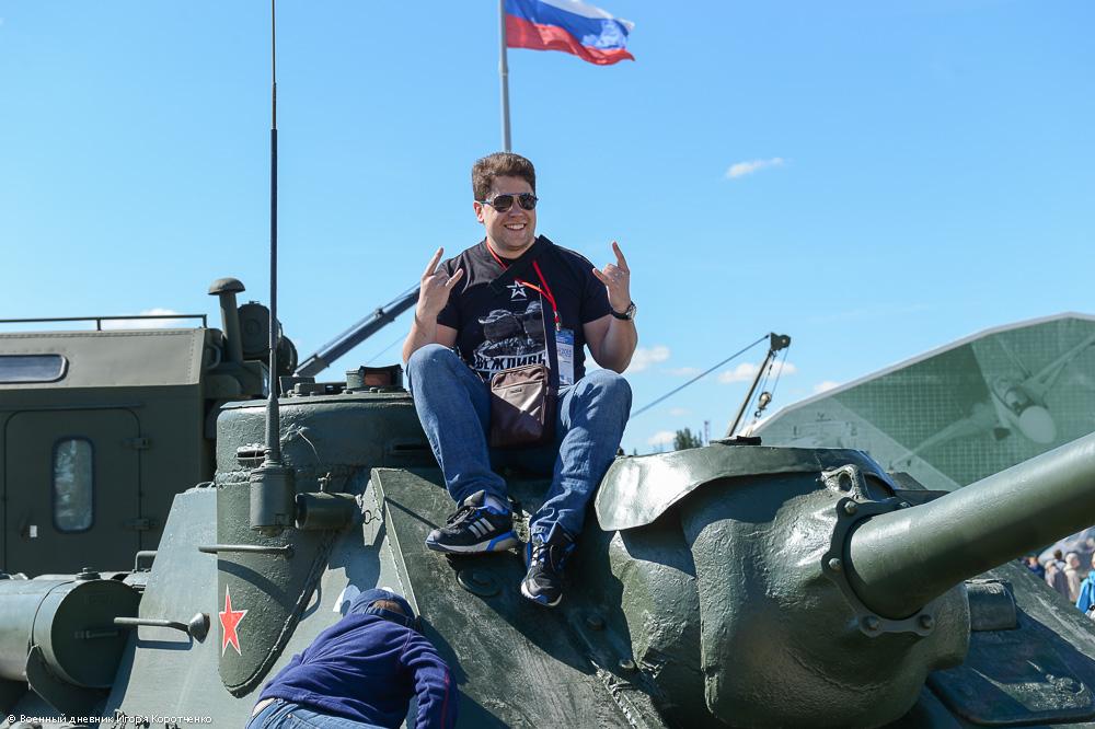 http://ic.pics.livejournal.com/i_korotchenko/20427537/1673564/1673564_original.jpg