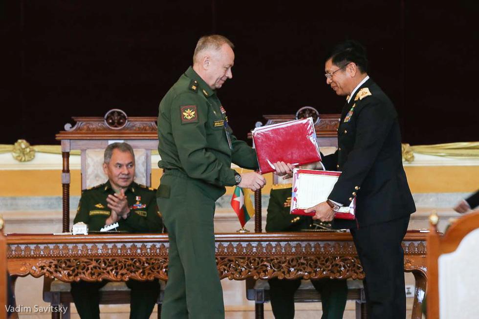 Визит Шойгу в Мьянму: продвижение российского оружия и порты для захода кораблей ВМФ РФ