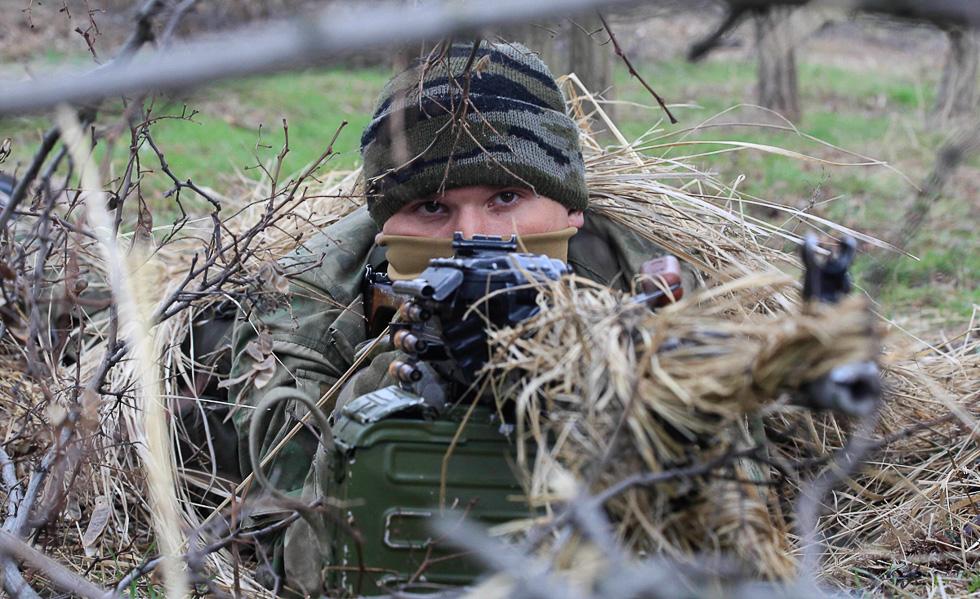 Как должна действовать Россия в случае нападения Украины на ДНР и ЛНР во время
