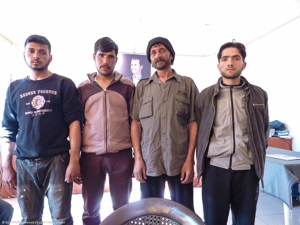 Бывшие члены террористических группировок сдавшие оружие и подписавшиеся под законом об амнистии 3