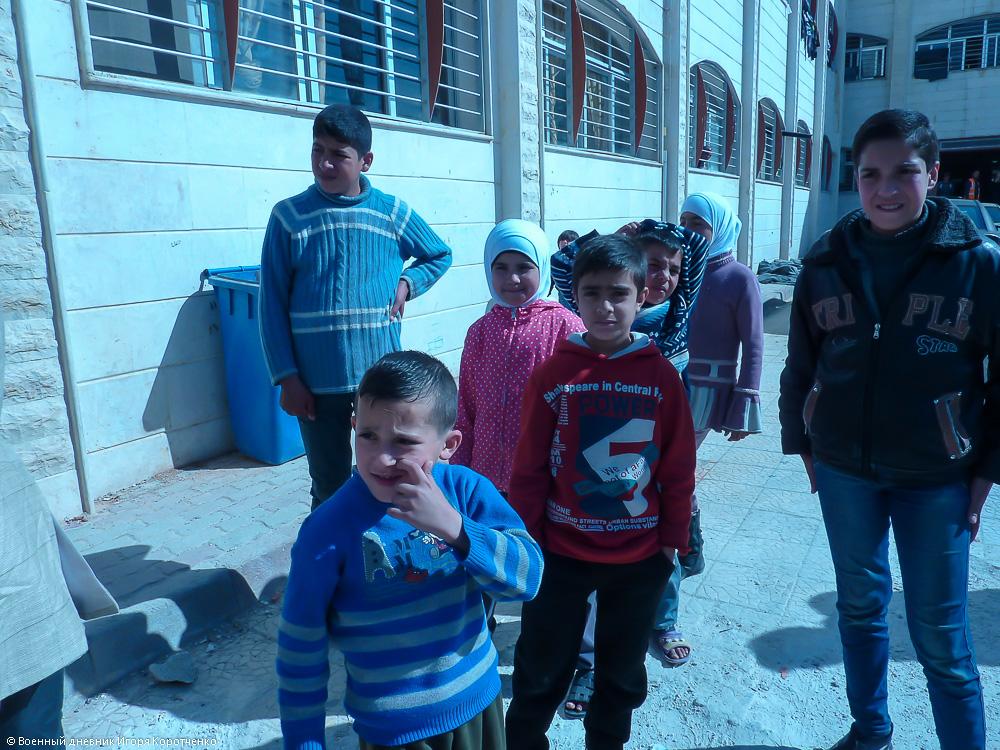 Снаружи центра ВПЛ в пригороде Дамаска 2