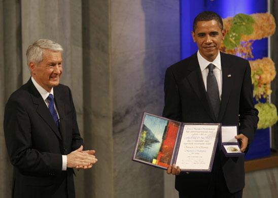 Barack-Obama-receives-the-Nobel-peace-prize