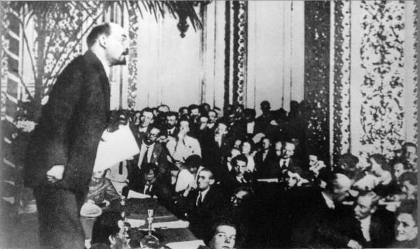 Lenin-na-3-kongresse-Kominterna