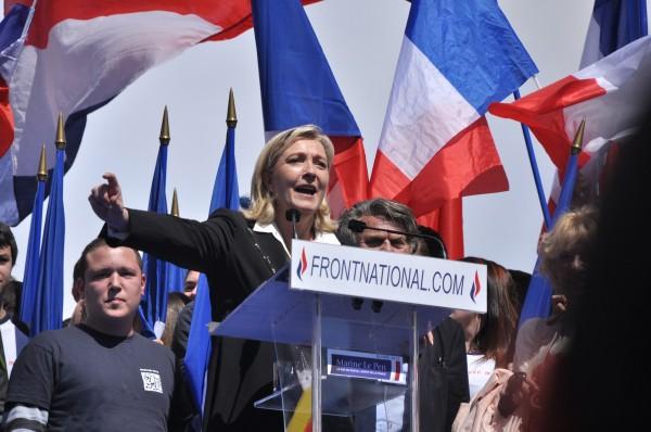 Marine-Le-Pen-e1449086953284