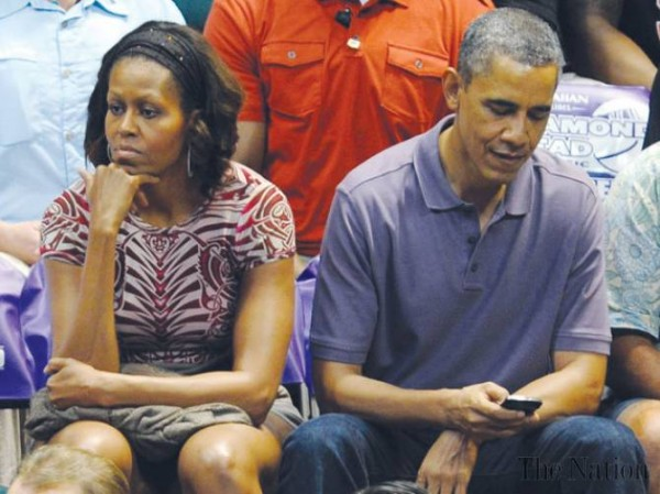 obama-michelle-living-apart-1387910082-8672