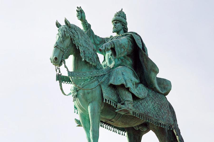 Памятник Ивану Грузному в Орле