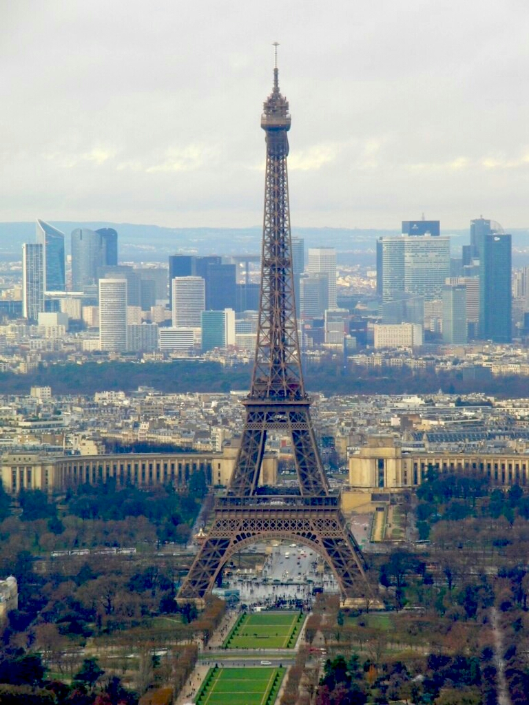 Париж. Эйф.