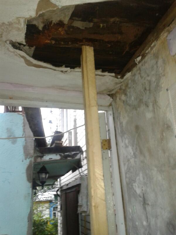 потолок после обрушения
