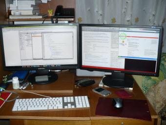 two_monitors_1150