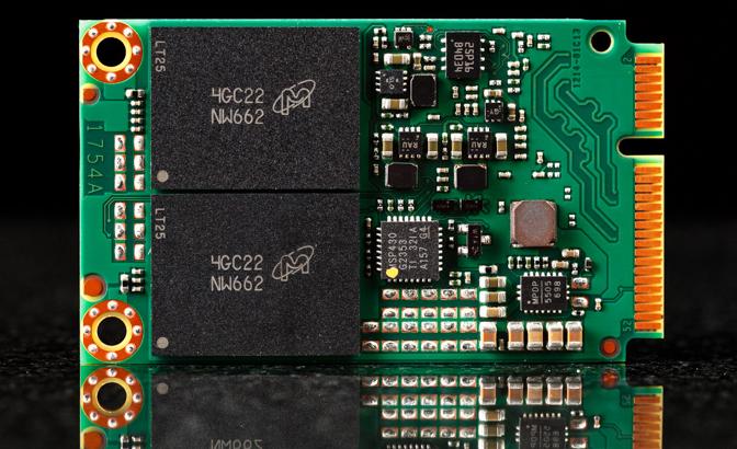Micron-M600-M2-Back