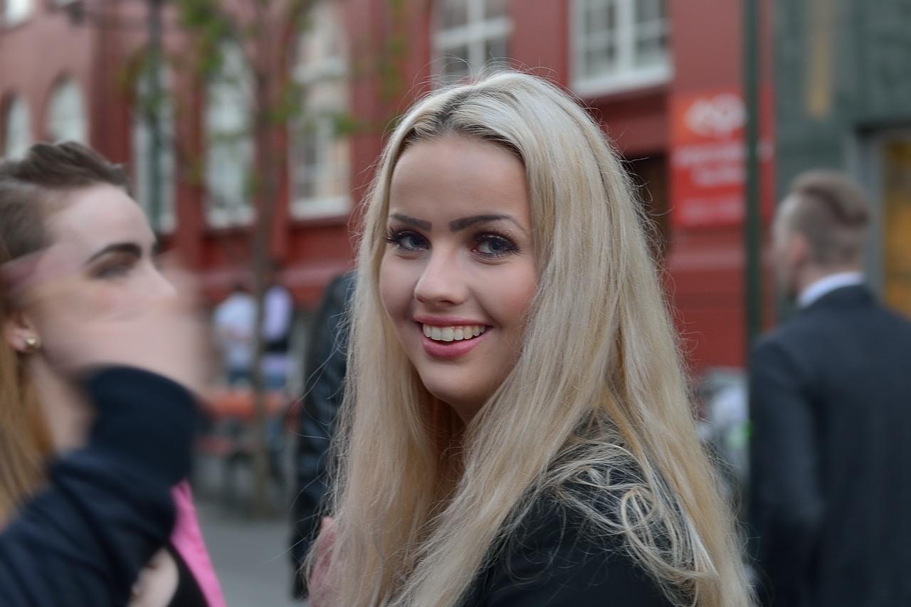 фото исландских девушек знакомства