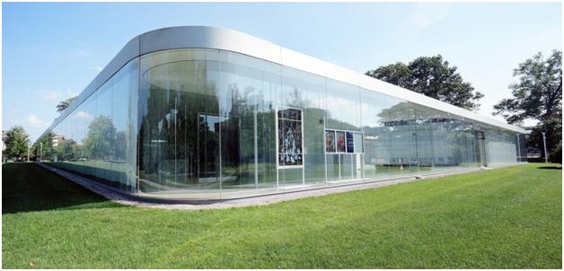 Стеклянный павильон в Музее искусств Толидо, штат Огайо