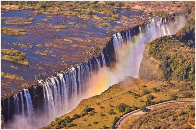 Водопад Виктория на реке Замбези, Замбия