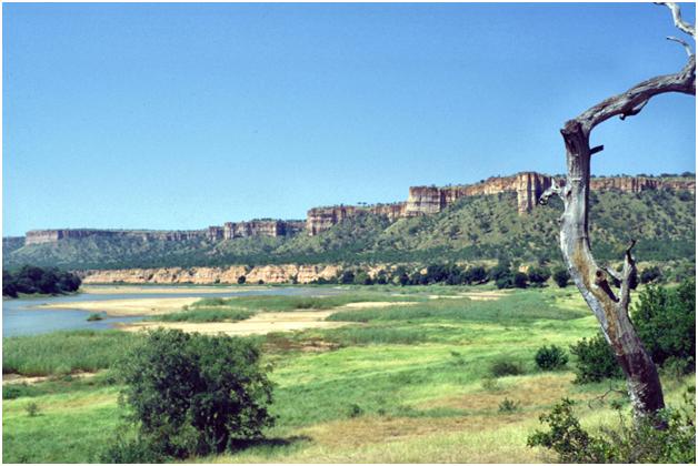 Пейзаж национального парка Гонарежу, Зимбабве