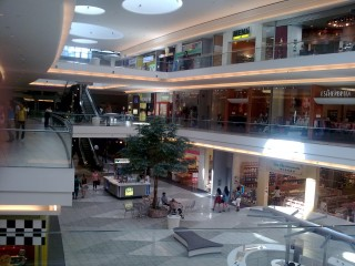 Total of 3 floors w/ tons of stores and boutiques