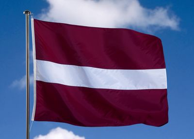 Флаг республики латвия флаг латвии