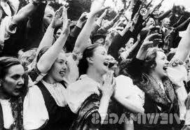 Hitler_euphoria