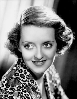 260px-Bette_Davis_Portrait