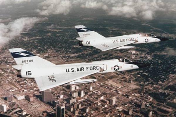 2-us-f-106-aircraft