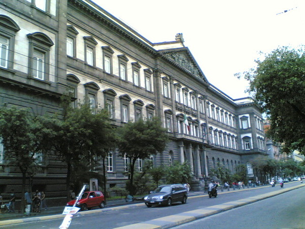 08-10-univ_FedericoII