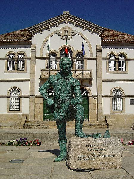 450px-Estátua_do_profeta_Bandarra_-_Trancoso_(Portugal)