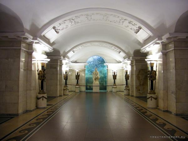800px-Санкт-Петербург_Пушкинская_4