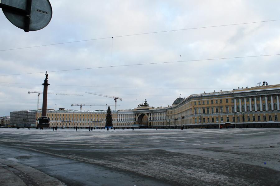 Петербурские улицы в середине  января 2012 ь.jpg