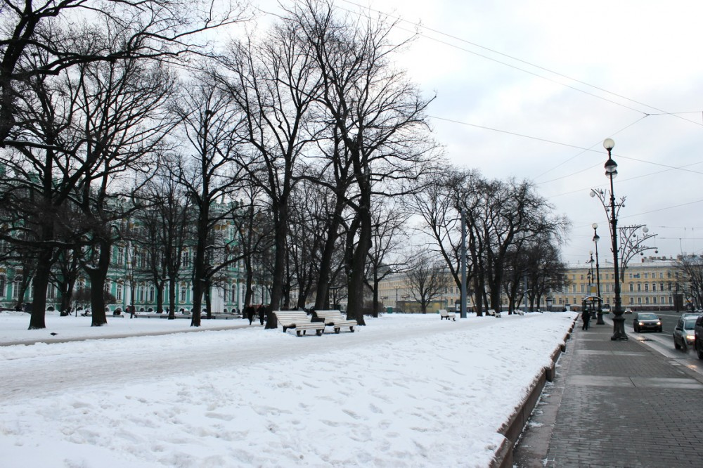 Петербурские улицы в середине  января 2012 ё.jpg