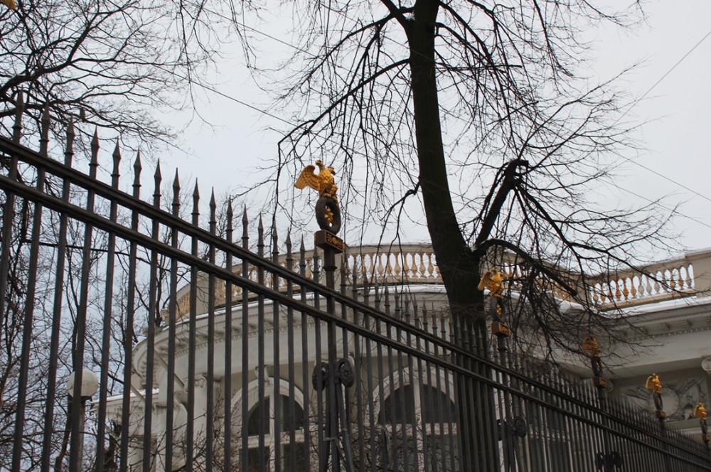 Петербурские улицы в середине  января 2012 д.jpg