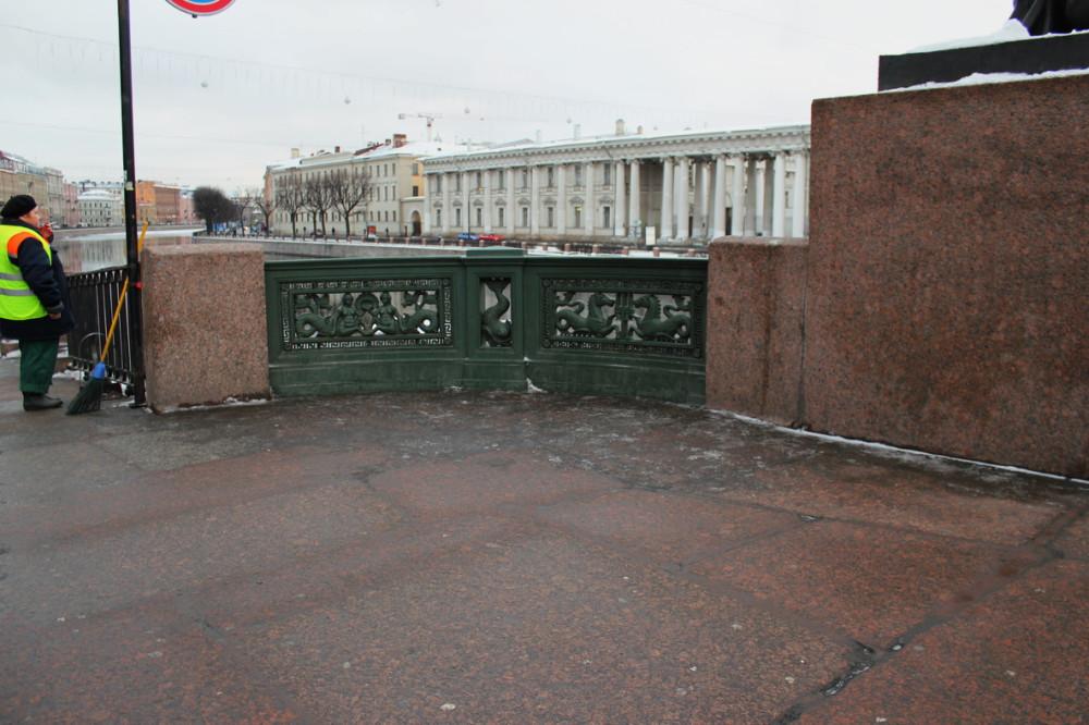Петербурские улицы в середине  января 2012 а.jpg