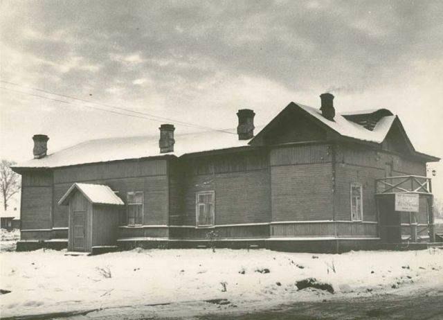 Бывший храм в честь 300-летия Дома Романовых, построенный матушкой Таисией